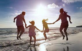 Alcohol Rehabilitation - Family on the beach